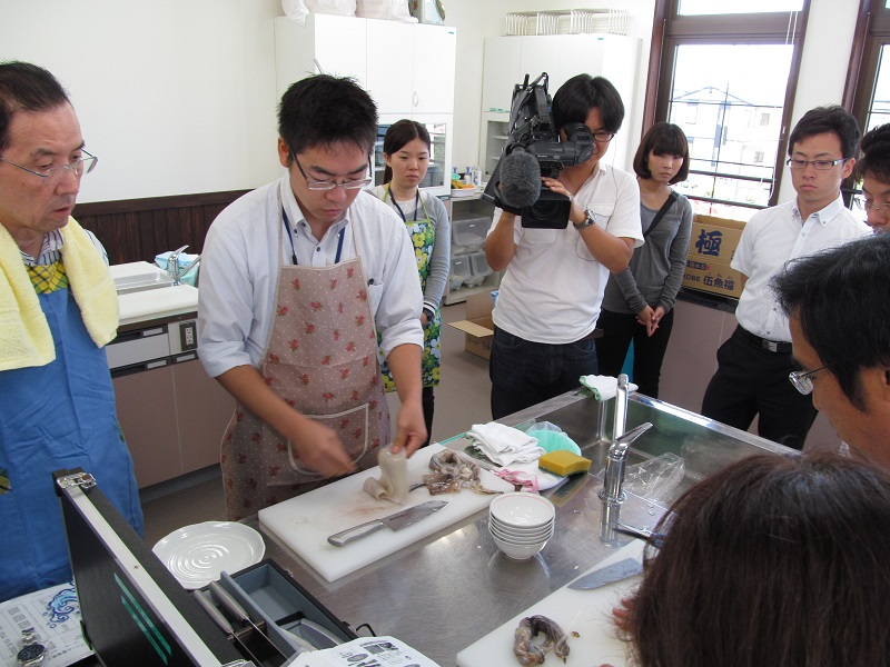 http://www.gogyofuku.co.jp/kan/entryimg/20131010ika_kenshu03.JPG